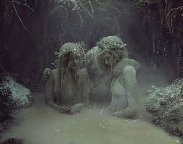 graveyardgirls1