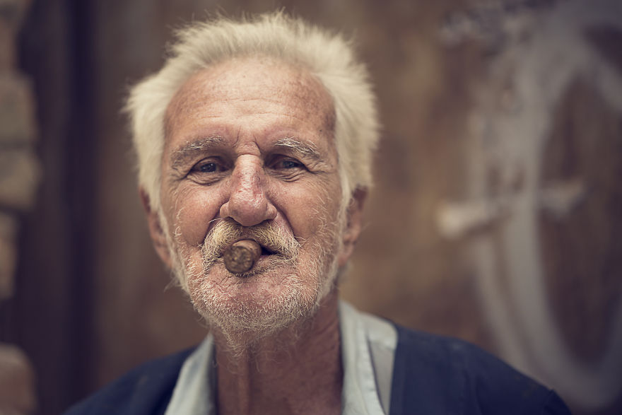 through-their-eyes-a-series-of-portraits-i-took-in-cuba__880