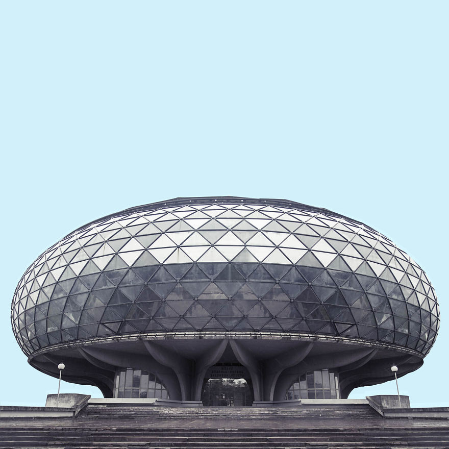 i-found-architecture-from-star-wars-in-belgrade-2__880