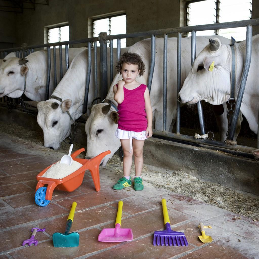 Alessia Toscana. Toy Stories , Gabriele Galimberti