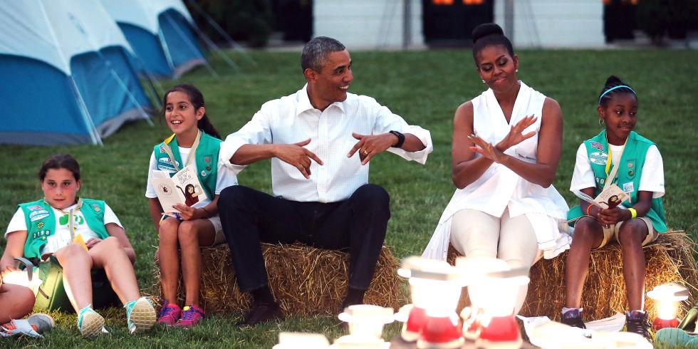 Priemra acampada de las niñas scout en la Casa Blanca
