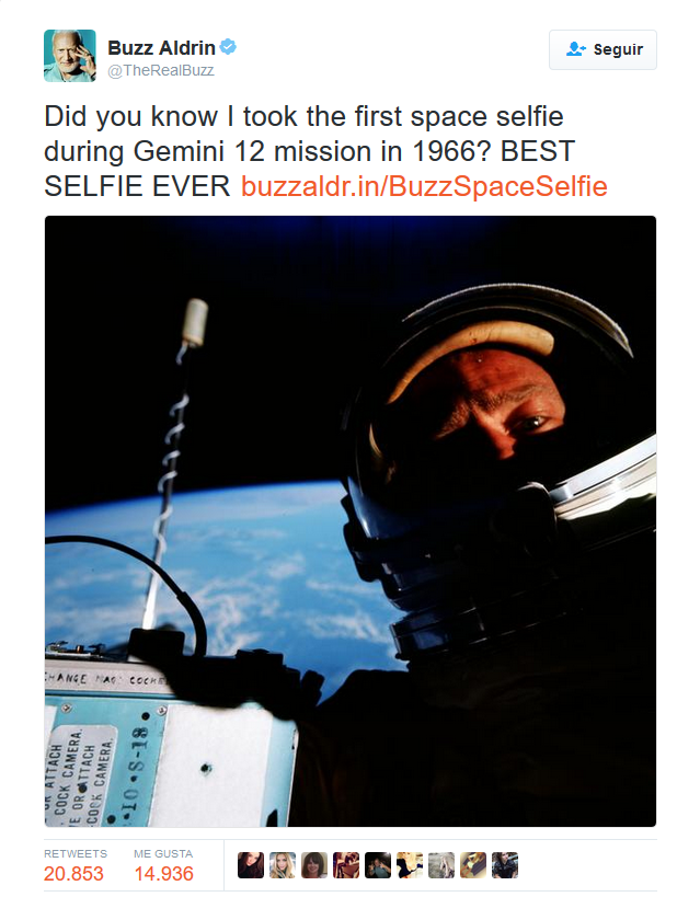 tweet-first-selfie-space