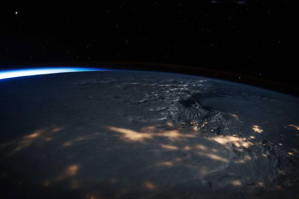 top-10-photos-snowstorm-space-scott-kelly-nasa