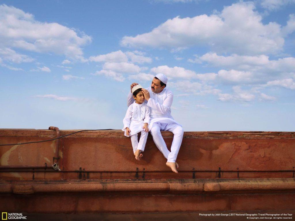 BRIDGING GENERATION. Una fotografía de Jobit George