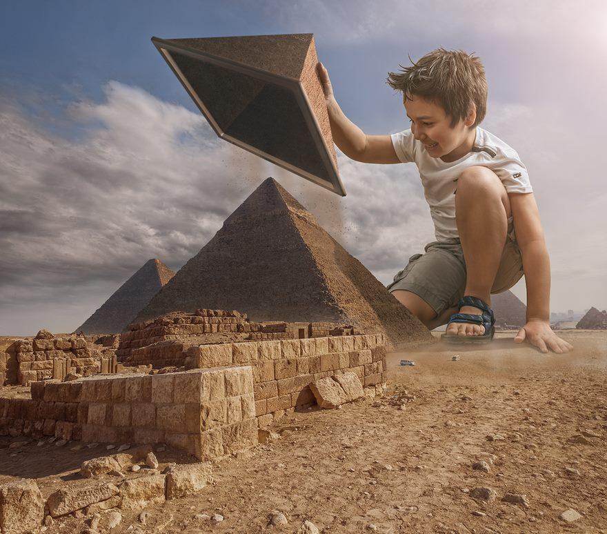 Edición de fotos con Photoshop. Castillos de arena con pirámides