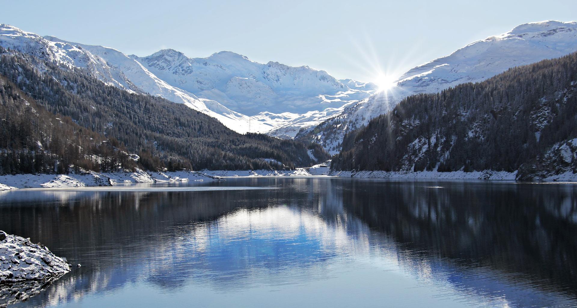 Fotografía de paisajes invernales. La hora azul