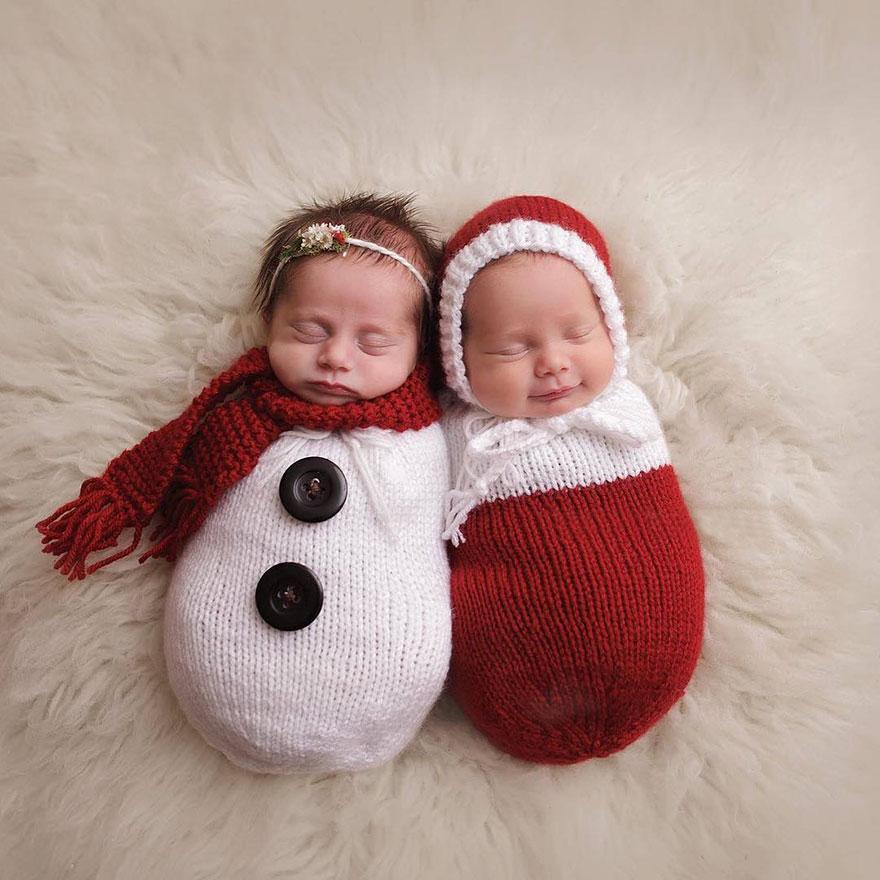 bebés muñecos de nieve sesión de fotos navidad
