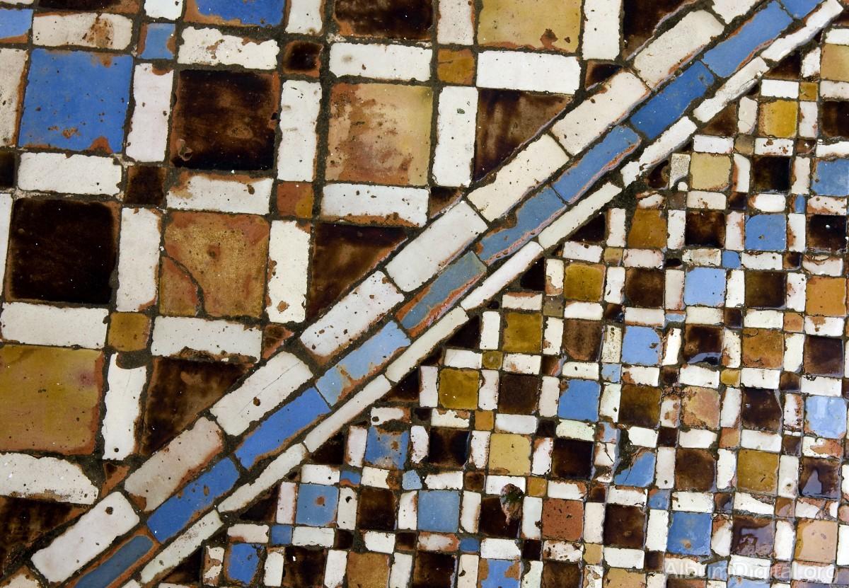 Suelo de azulejo - Azulejos de suelo ...
